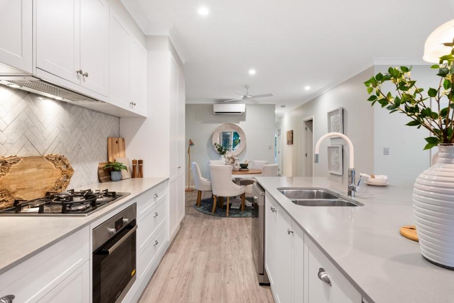 laminált padló konyhában